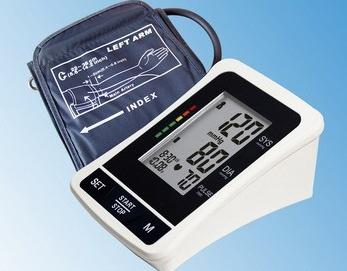 Апарат говорещ за измерване на кръвно BP 1307