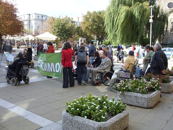 protest hora s uvr 23 09 2013 460