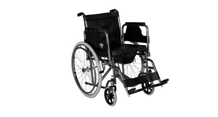 Инвалидна количка тапицирана, с тоалетна