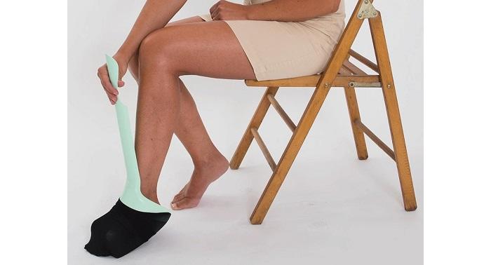 Обувалка-събувалка за чорапи и обувки