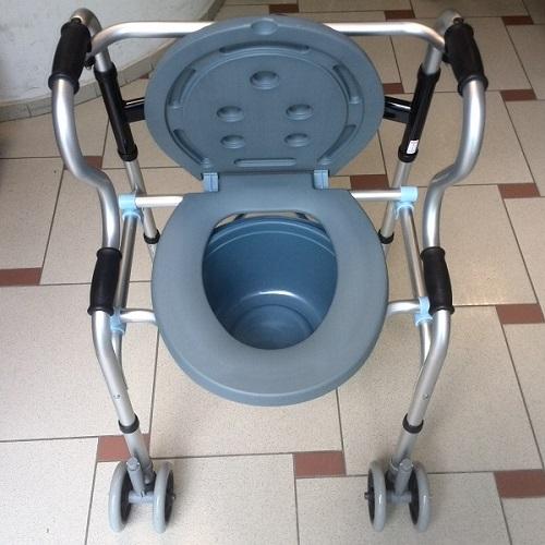 Проходилка-тоалетен стол 6 в 1-вариант 2